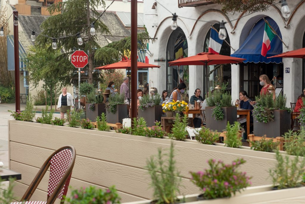 Dinning outside at the Pandemics in the Pacific Grove